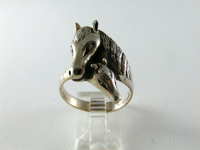 VINTAGE STERLING SILVER MOTHER HORSE COLT RING SZ 9 3/4