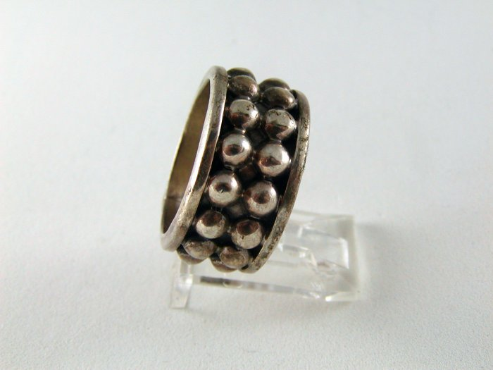VINTAGE MEXICAN STERLING SILVER BAND RING SZ 8