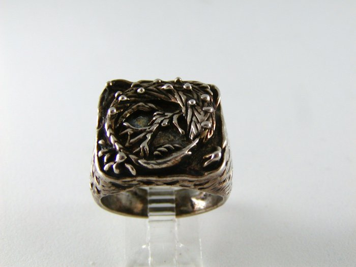 GOTHIC RENAISSANCE VINTAGE STYLE STERLING SILVER RING SZ 10