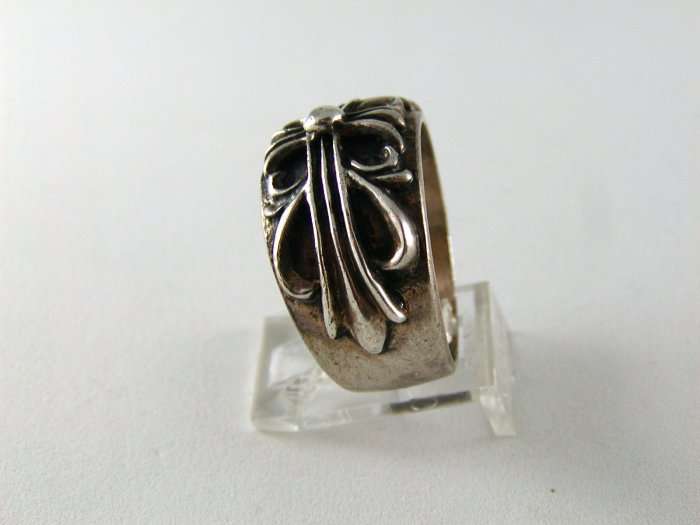 GOTHIC RENAISSANCE VINTAGE STERLING SILVER RING SIZE 10 1/2