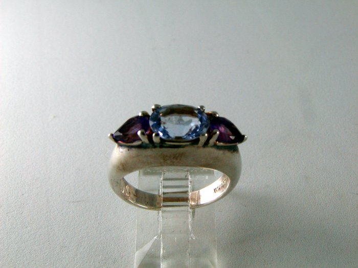 STERLING SILVER AMYTHEST BLUE TOPAZ BAND RING SIZE 7
