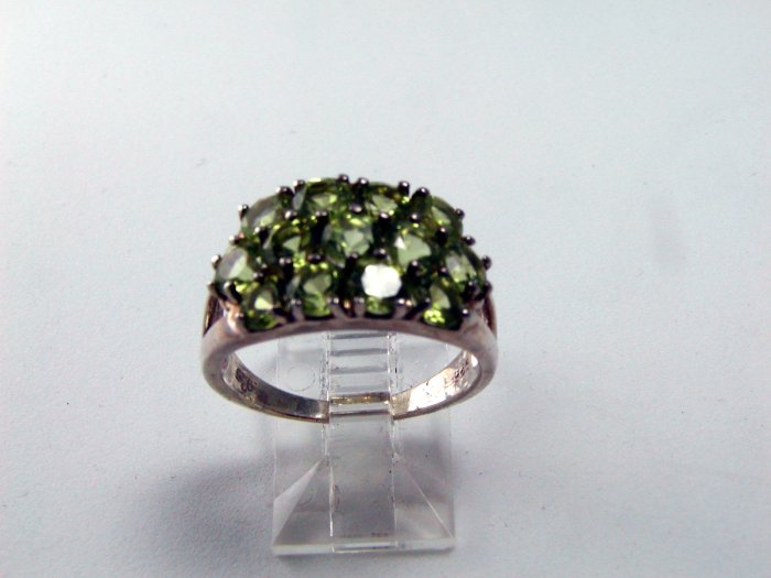 STERLING SILVER PERIDOT COCKTAIL RING SIZE 8 1/4
