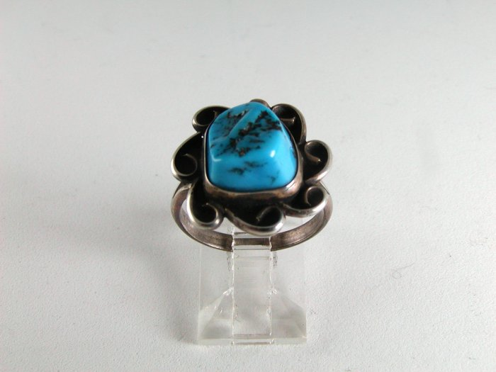 VINTAGE NATIVE AMERICAN SILVER TURQUOISE RING SIZE 7 1/4