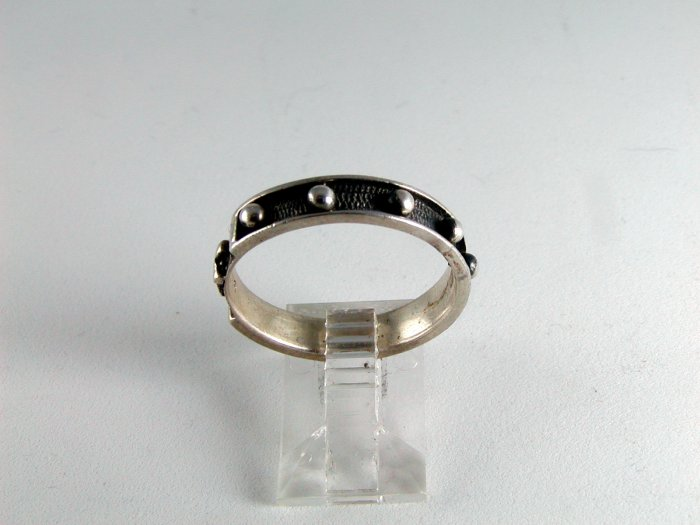 VINTAGE CROSS GOTHIC STERLING SILVER RING SIZE 10
