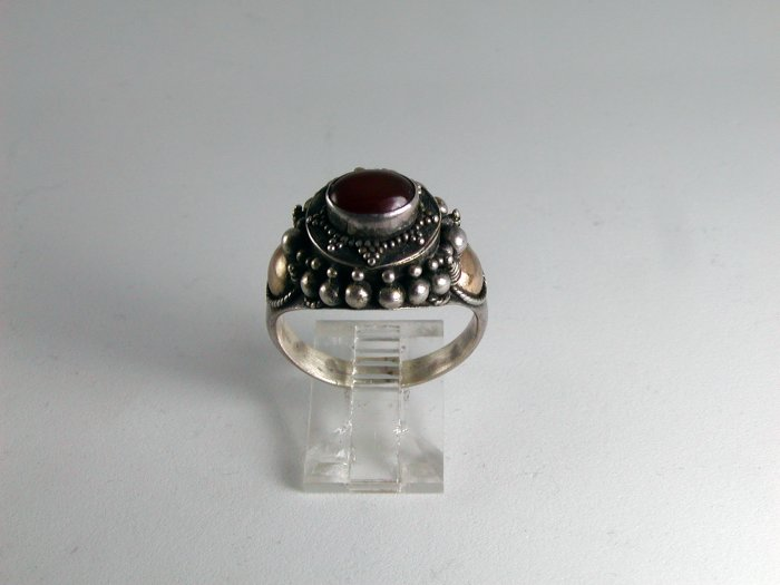 VINTAGEL TRIBAL STERLING SILVER CARNELIAN RING SIZE 9 1/4