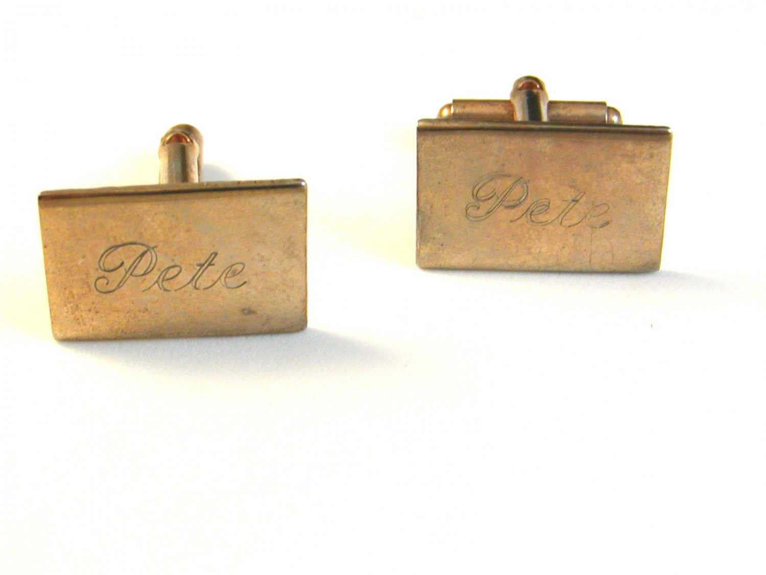 1960's Gold Tone Cufflinks Engraved Pete