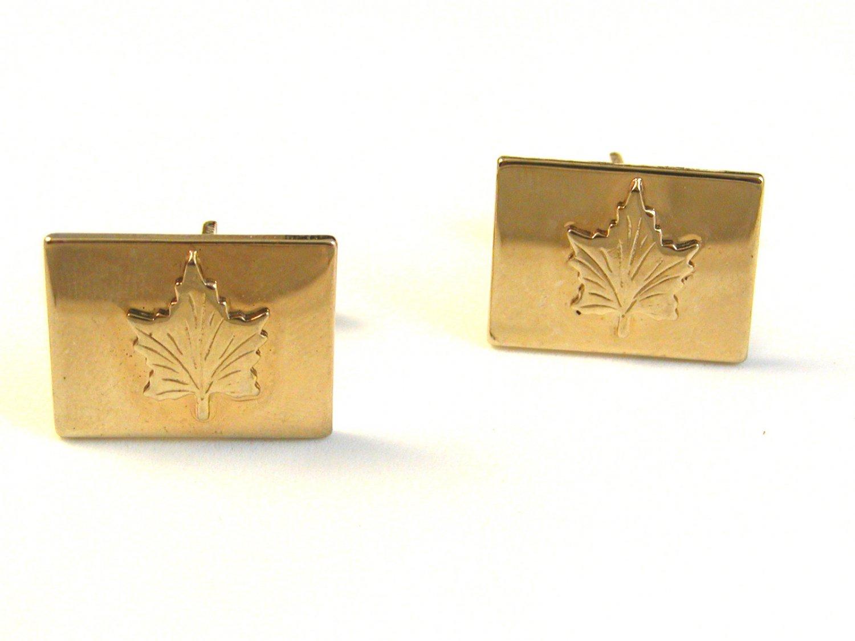 1960's Gold Tone Canadian Maple Leaf Cufflinks