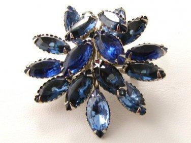 Gorgeous Vintage  Blue  Rhinestone  Brooch