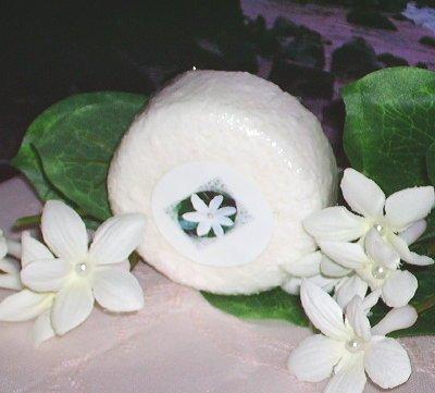 Monoi de Tahiti Tiare Gardenia Luxury Bath Bomb