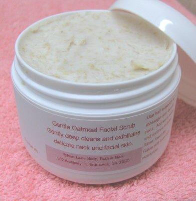 Organic Oat Bran Facial Scrub for sensitive oily skin types