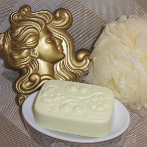 Sandalwood  Victorian Soap with Emu Oil