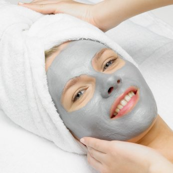 Dead Sea Clay Facial Mask for Normal Skin Types