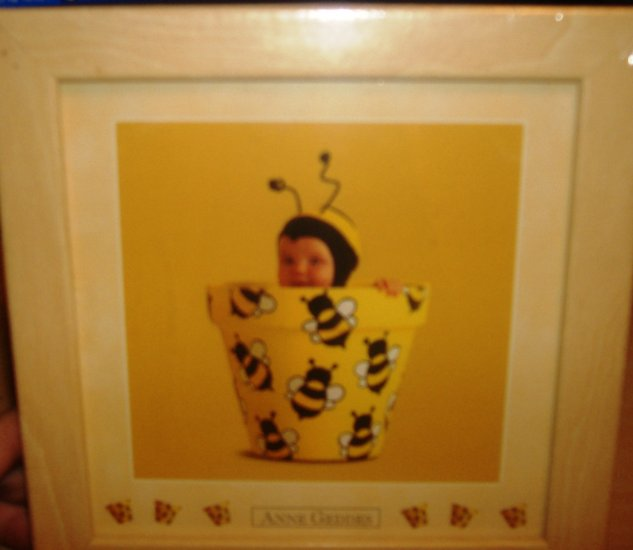 Ann Geddes 3 x 5 print Bumble Bee NEW LOOK!