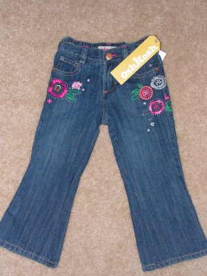 Girls toddlers Oshkosh jeans with flower applique  sz 2T