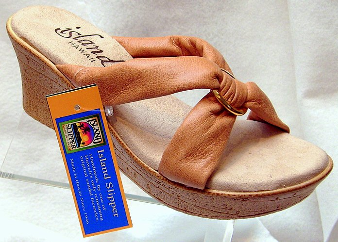 Island Slipper Women's P527 Wedge Sandal - TAN