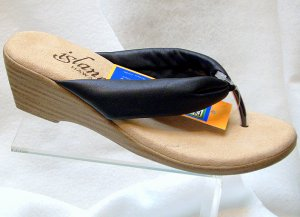 Island Slipper Women's T516 Sandal - BLACK