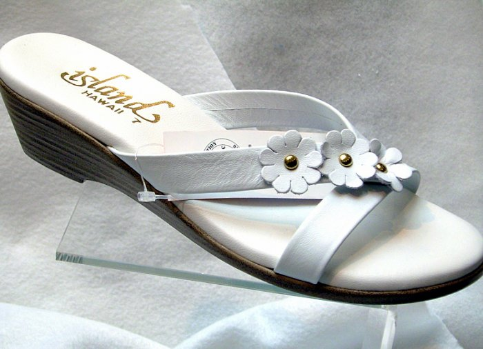 Island Slipper Women's T703 Sandal - WHITE