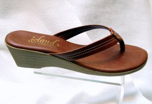 Island Slipper Women's T922 Sandal - COGNAC