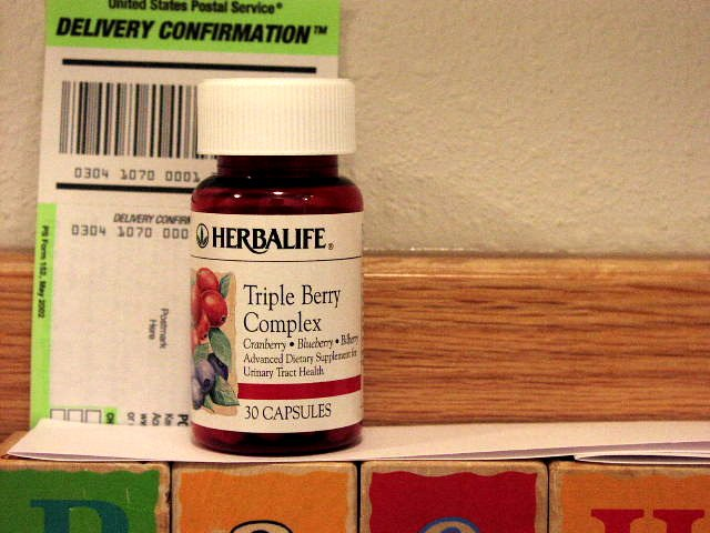 Herbalife Triple Berry Complex 2007 Red