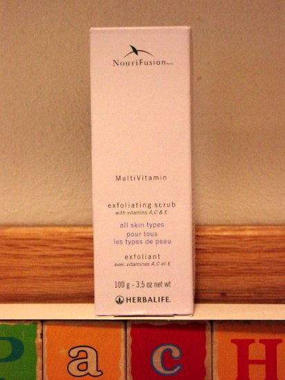 Herbalife NouriFusion MultiVitamin Exfoliating Scrub 2/2013