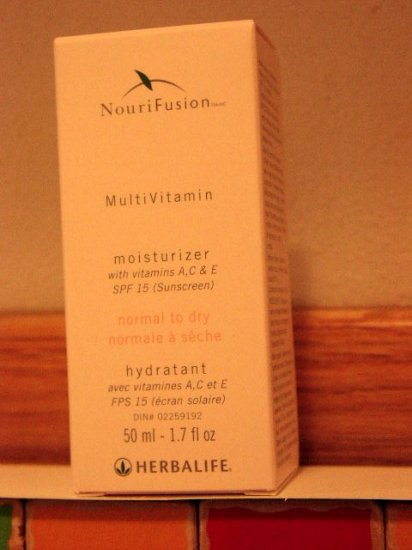 Herbalife NouriFusion MultiVitamin Dry Moisturizer 10/2012