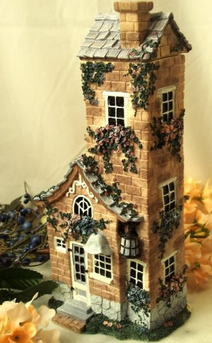 """Ivy & Innocence """"Towering Cottage"""" Numbered"""
