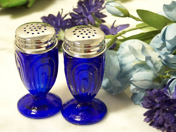 Blue Glass Salt & Pepper Set