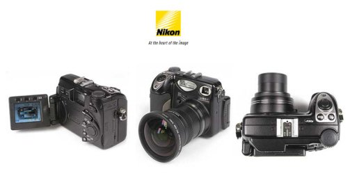 Nikon Coolpix 5000 - 5.0 MegaPixels Digital Camera with 7x Total Zoom
