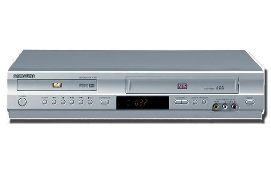 Samsung DVD-V4600 Progressive Scan DVD & Hi-Fi VCR Combo Player