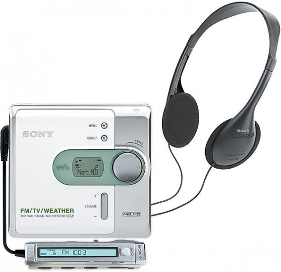 Sony MZ-NF520 Net MD Walkman recorder/player with  FM/TV/weather band remote