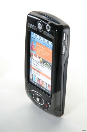 Motorola A1000 Tri-Band GSM Camera Bluetooth PDA Phone (Unlocked)