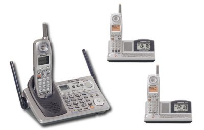 Panasonic KX-TG5240PK2 - 5.8 GHz Digital Cordless Phone System & 2 Extra Handsets with Alarm Clock/R