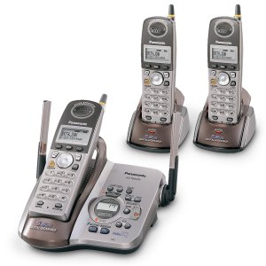 Panasonic KX-TG5453PK3 - 5.8 GHz Cordless Phone With 3 Handsets and Talking Caller ID