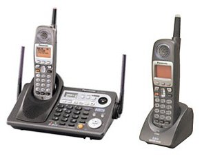 Panasonic KX-TG6500PK 2 Line 5.8GHz Cordless Phone System with Digital Answering Machine and Extra H