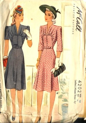 Sewing Pattern Vintage 40s Dress Bib panel Gathers B36
