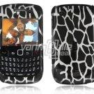 Black Giraffe Design Hard 2-Pc Snap On Plastic Faceplate Case for BlackBerry Curve 8520/8530