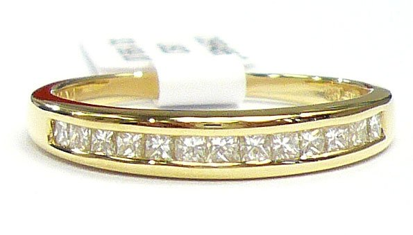 18K Yellow Gold 0.32cts. Diamond Wedding Band