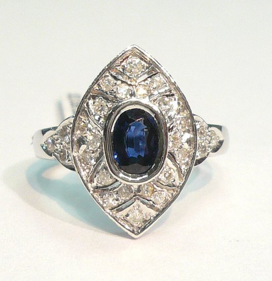 14K White Gold 0.30cts. Diamond & 0.50cts. Sapphire Diamond Ring