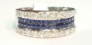 18K White Gold 0.65cts. Diamond & 0.76 Blue Sapphire Ring