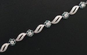 18K White Gold 1.75cts Diamond & 2.24cts Treated Blue Diamond Bracelet