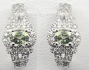 18K White Gold 0.23cts Diamond & 0.99cts Green Sapphire Earring