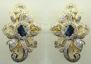 18K Yellow Gold 1.80cts. Diamond & 1.22 cts. Blue Sapphire Earring