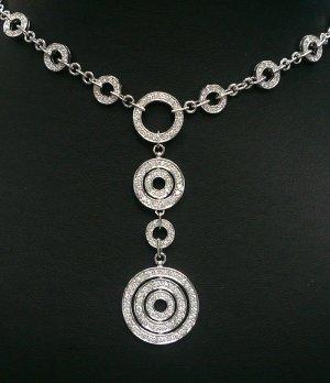 18K White Gold 2.73cts Diamond Necklace