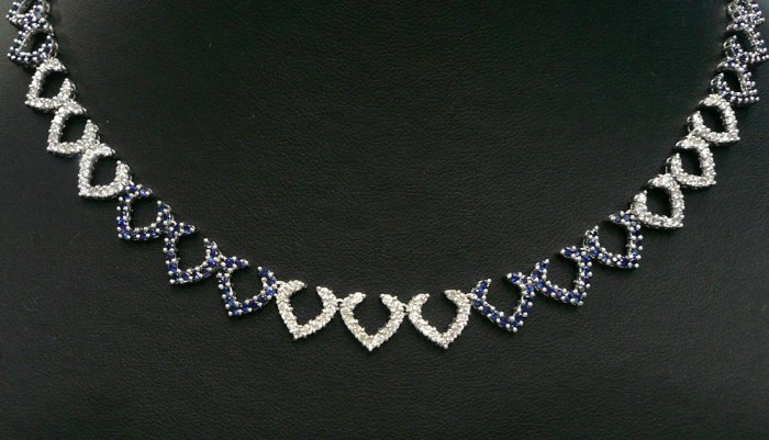 18K White Gold 1.77cts Diamond & 2.76cts Blue Sapphire Necklace