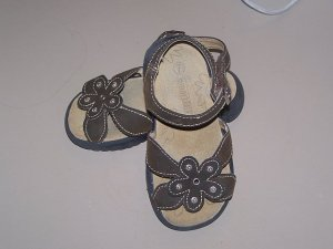 Smart Fit Brown Sandals Size 7