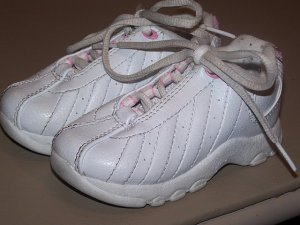 Smart Fit White Tennis Shoes size 7