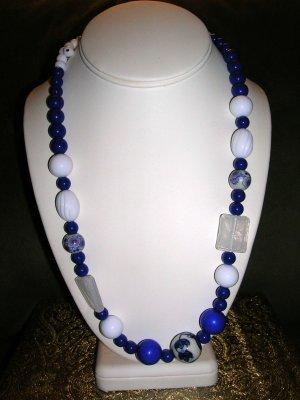 Blue and white flower beaded necklace