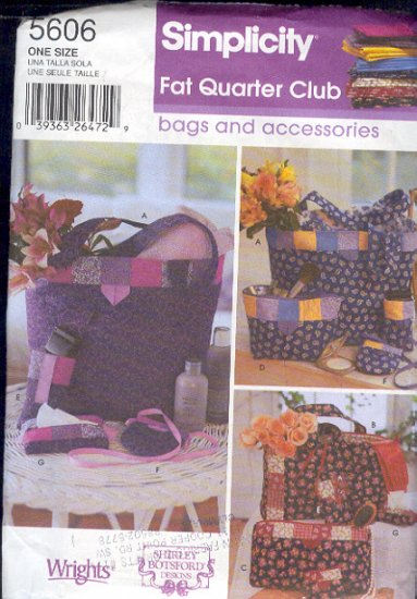 Simplicity Sewing Pattern, 5606, Tote and bgs using Fat quarters, One size
