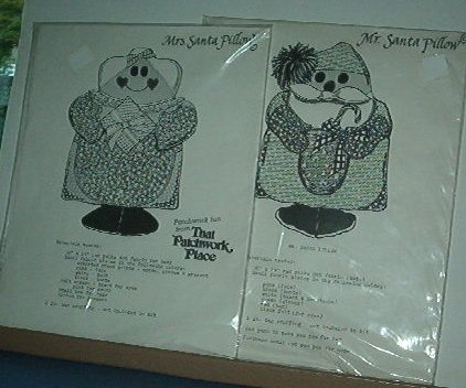 """Sewing Pattern Christmas Patchwork Place Mr and Mrs Santa Pillows 14"""""""