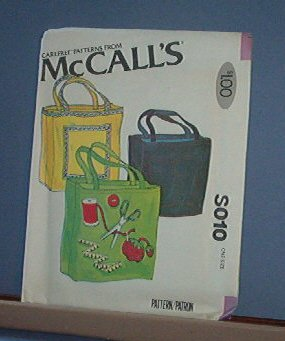 Sewing Pattern McCall's S010 15 X 16 X 4 inch tote bag
